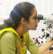 Dr. Ashini Maniar, Best Eye Surgeon in Mumbai